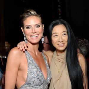 Heidi Klum aux côtés de la créatrice Vera Wang.