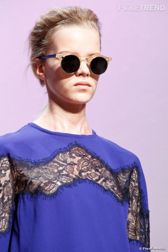 Must Have : les lunettes de soleil Carven    Défilé Carven Printemps-Eté 2012