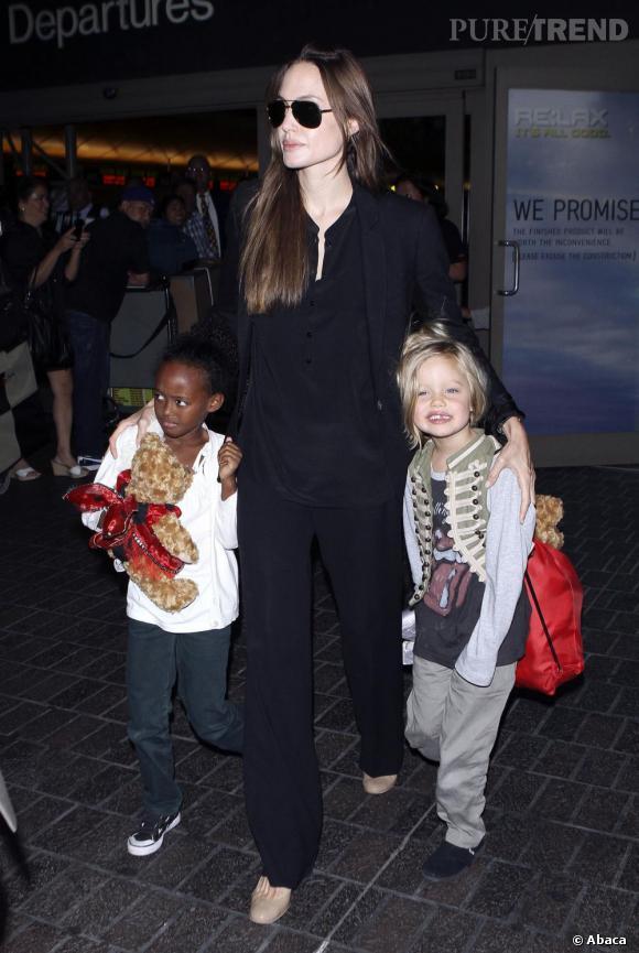 Plus jeune, Angelina Jolie était un vrai garçon manqué. Une période qui n'a pas echapé à sa fille Shiloh.