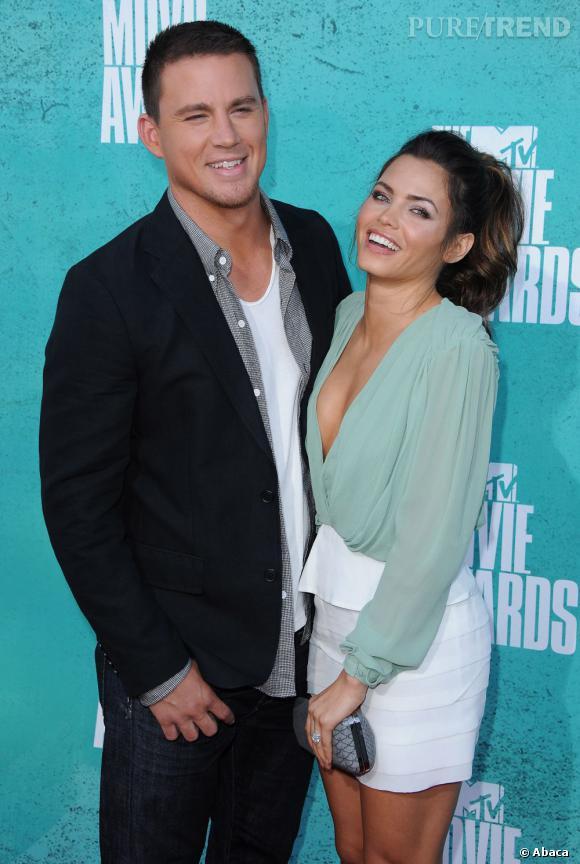 C'est avec sa femme que le beau gosse Channing Tatum prend la pose.