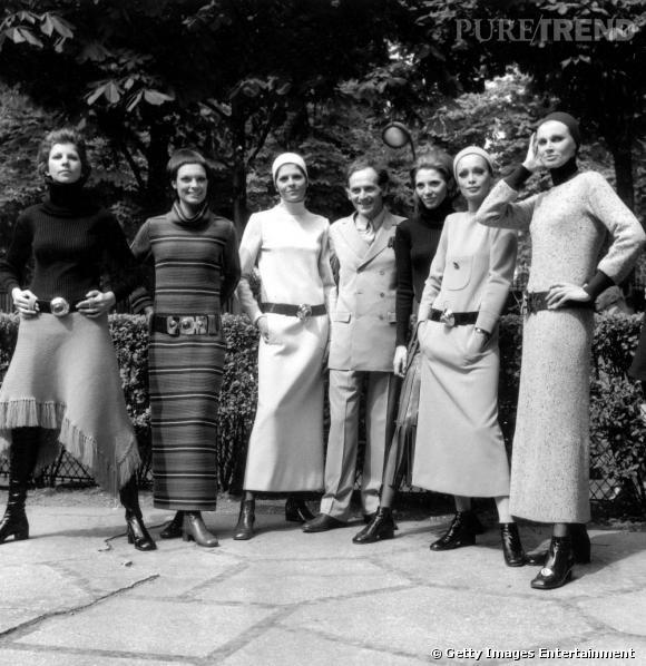 Pierre Cardin pose de nouveau avec ses mannequins