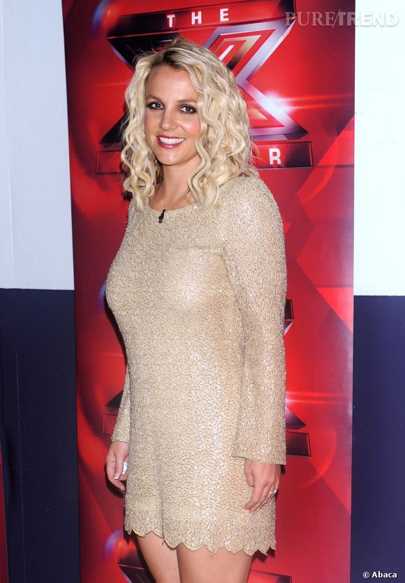 Revenue sur le devant de la scène grâce au jury de X Facotr, Britney Spears se laisse encore aller niveau look
