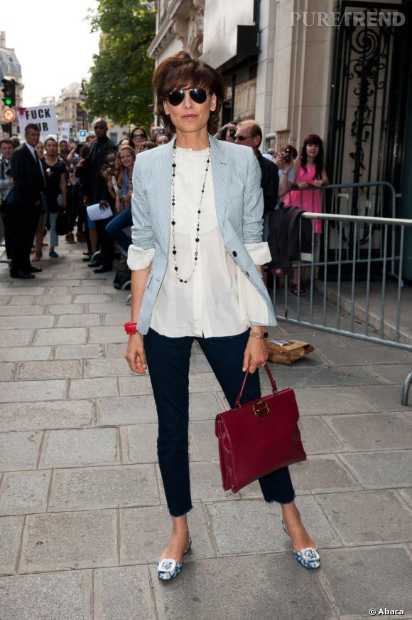 Inès de la Fressange furieusement parisienne au défilé Jean Paul Gaultier Haute Couture Automne-Hiver 2012/2013.