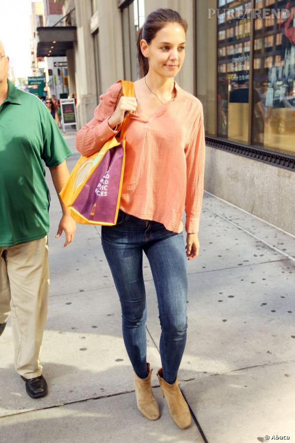 Katie Holmes à New York, lumineuse.