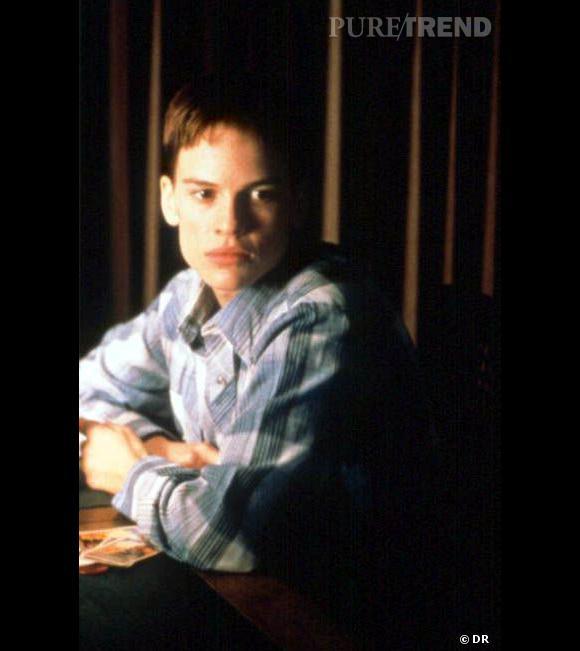 """""""Boys don't Cry"""" de Kimberly Peirce.    1999   Le mal-être et le la confusion des genres dans """"Boys don't Cry"""", qui suit les tourments et l'apprentissage d'une adolescente qui brouille les pistes d'une sexualité qu'elle découvre."""
