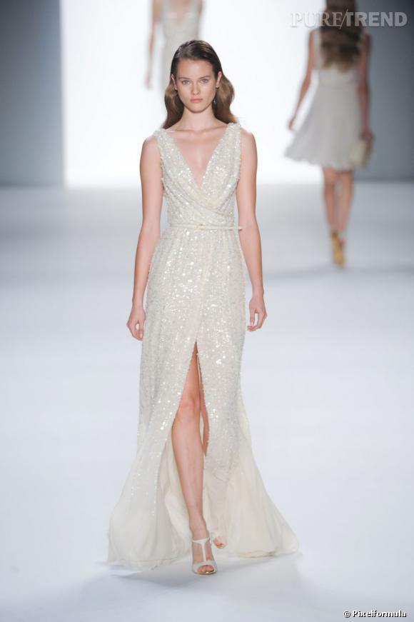 Toutes les marques ont revisité la fameuse robe Marilyn à l'image d'Elie Saab pour la saison Printemps-Eté 2012.