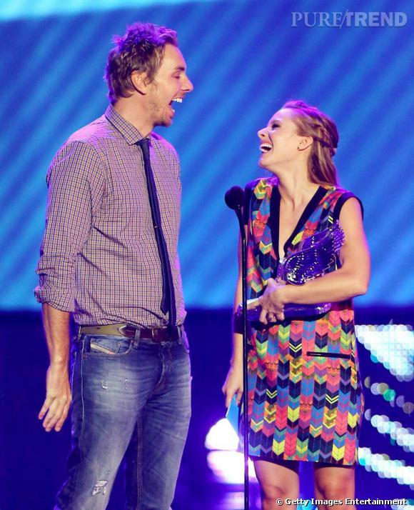 Kristen Bell et son fiancé Dax Shepard pendant les Do Something Awards à Los Angeles.