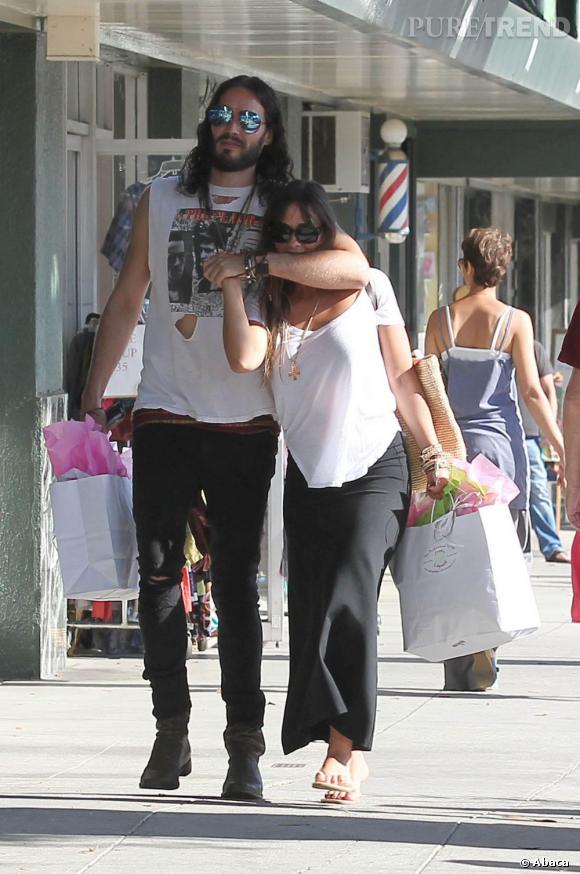 2012 : Avant les rumeurs de romance avec Geri Halliwell, Russell Brand sortait avec Isabella Brewster, la soeur de Jordana. Peut-être en a-t-elle eu marre des prises de catch ?