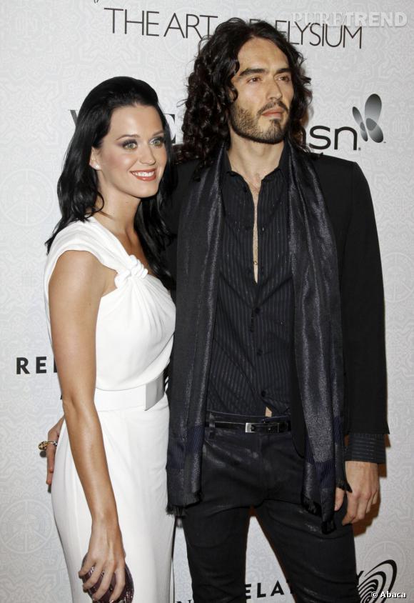 De 2009 à 2011 : Russell Brand se mariera une fois, avec Katy Perry. Leur union durera 14 mois...