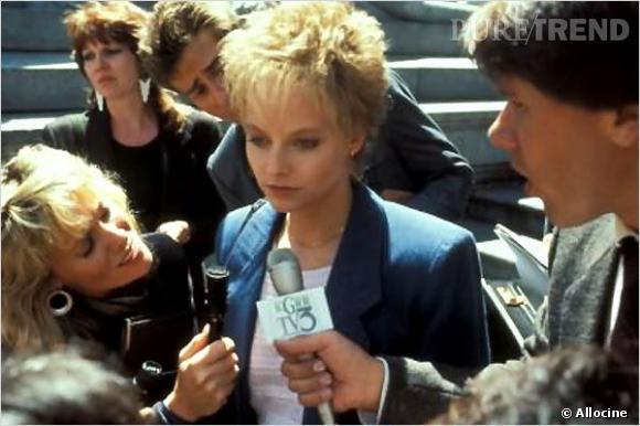 """On excuse Jodie Foster pour ce brushing de punkette. Le film """"Les Accusés"""" est sorti en 1988, on met donc ça sur le compte des 80's."""