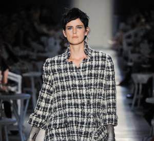 10 mannequins britanniques à connaître ! Stella Tennant Défilé Haute Couture Chanel Automne-Hiver 2012/2013