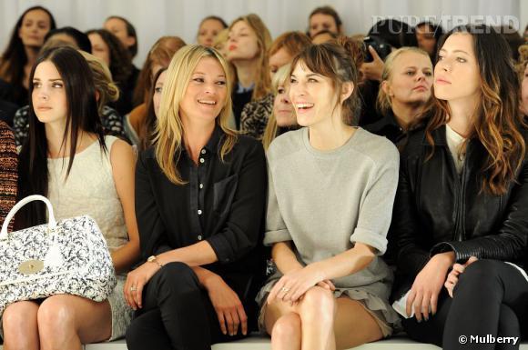 Lana Del Rey, Kate Moss, Alexa Chung et Rebecca Hall au défilé Burberry.