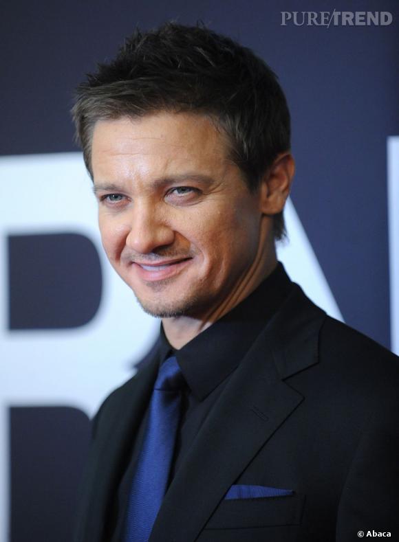 Jeremy Renner succèdera-t-il à Tom Cruise, Matt Damon et Daniel Craig ? Il semble bien parti pour !