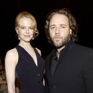 2002 : Russell s'amourache d'une Australienne, comme lui. Ce n'est autre que Nicole Kidman. On ne s'embête pas.