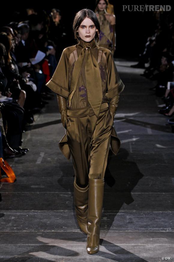 Vu sur les podiums : le colorama de l'Automne-Hiver 2012/2013 Le kaki  Défilé Givenchy
