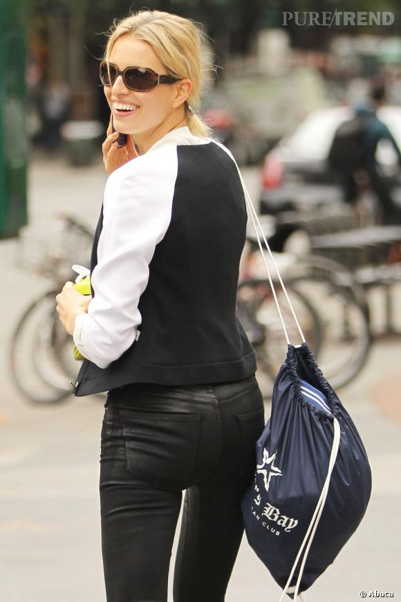 Karolina Kurkova dans les rues de New York, une vraie tigresse !