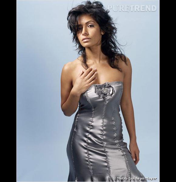 """Même si Sarah Shahi a joué dans quelques épisode de """"Dawson"""", elle est surtout connue pour son rôle très hot de Carmen dans """"The L World""""."""