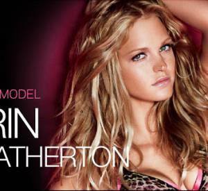 Le jeu, c'est maintenant de repérer les retouches sur ce visuel du site Victoria's Secret. Une peau plus lumineuse peut-être ?