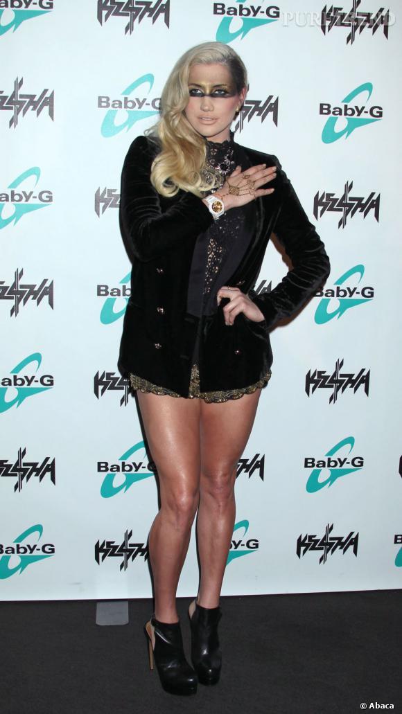 Kesha dévoile sa nouvelle montre pour Casio à Los Angeles.