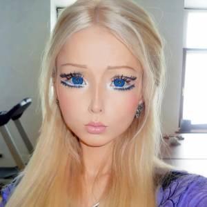 Valeria Lukyanova a bien mérité son surnom à voir ses grands yeux de poupée.