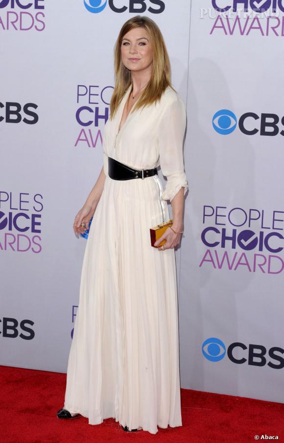 Ellen Pompeo, meilleure actrice de série dramatique aux People's Choice Awards 2013. Elle fait sensation dans une robe Lanvin.