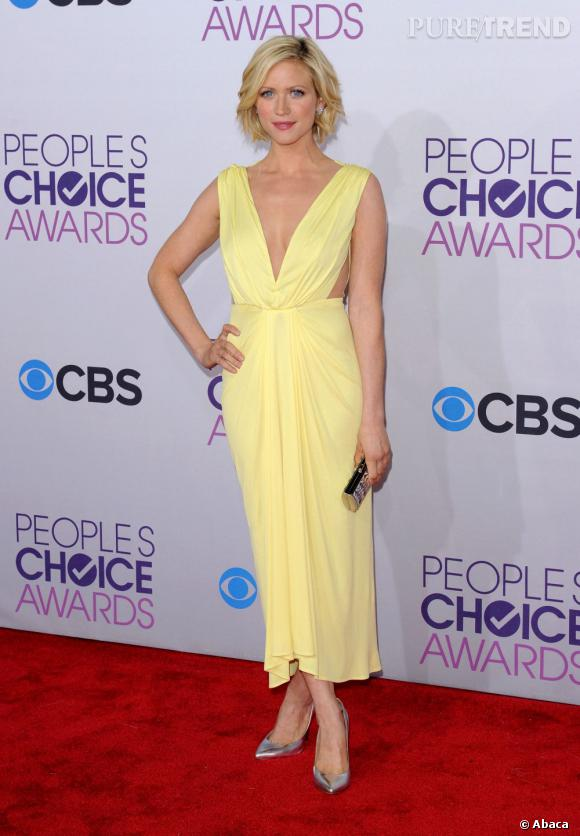 Britanny Snow aux People's Choice Awards 2013 en Maria Lucia Hohen.