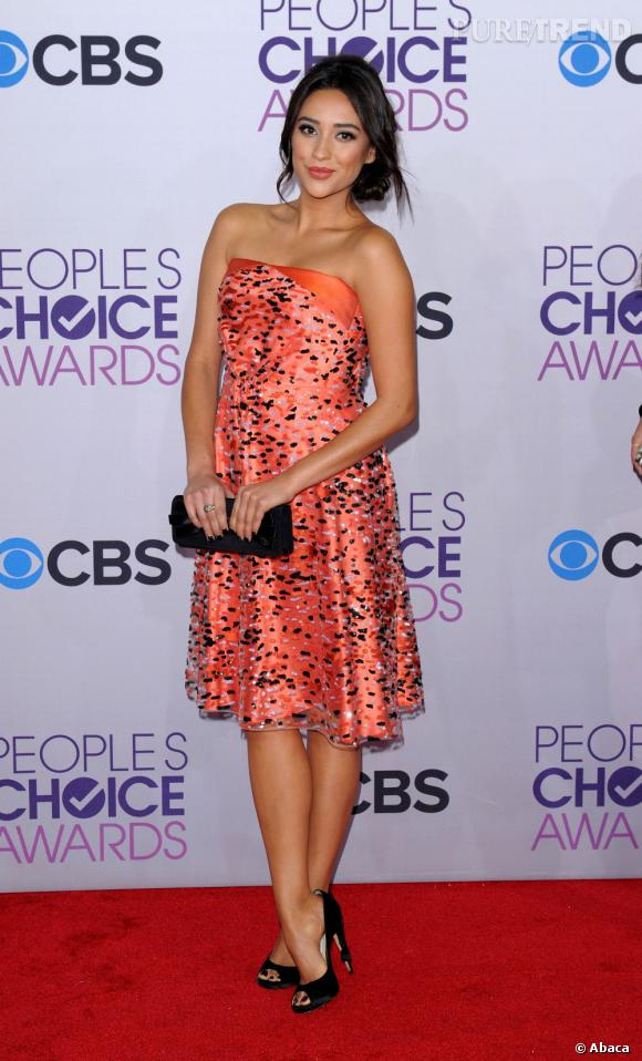 Shay Mitchell aux People's Choice Awards 2013.