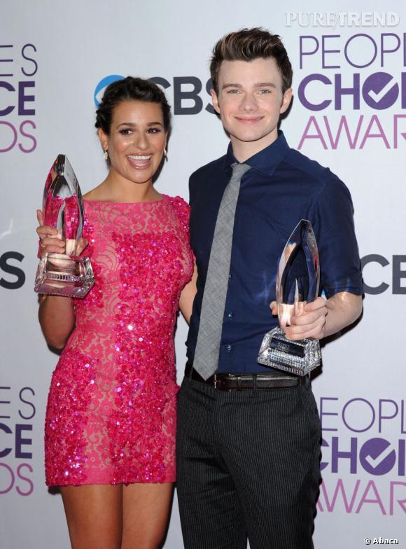 Lea Michele et Chris Colfer, meilleur actrice et acteur de série comique aux People's Choice Awards 2013. Lea prend la pose dans une robe Elie Saab.