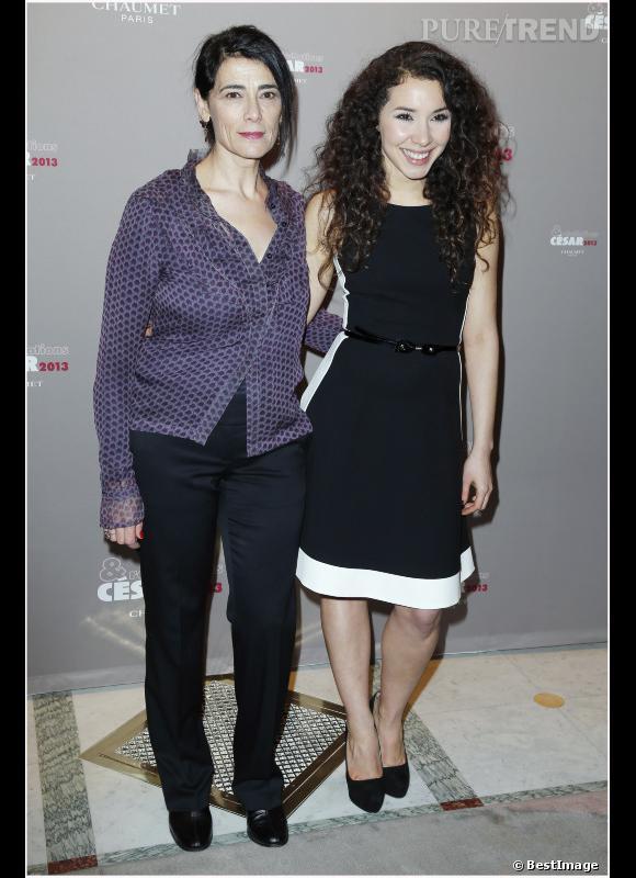 """Hiam Abbass et Sofiia Manousha (""""Le noir (te) vous va si bien"""")."""