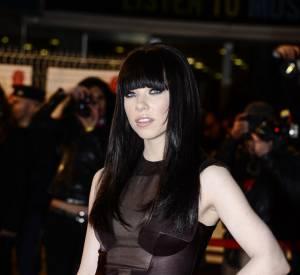 """Carly Rae Jepsen aux NRJ Music Awards le 26 janvier 2013 à Cannes. La chanteuse n'est pas venue pour rien puisqu'elle remporte le prix de la """"Révélation internationale de l'année""""."""