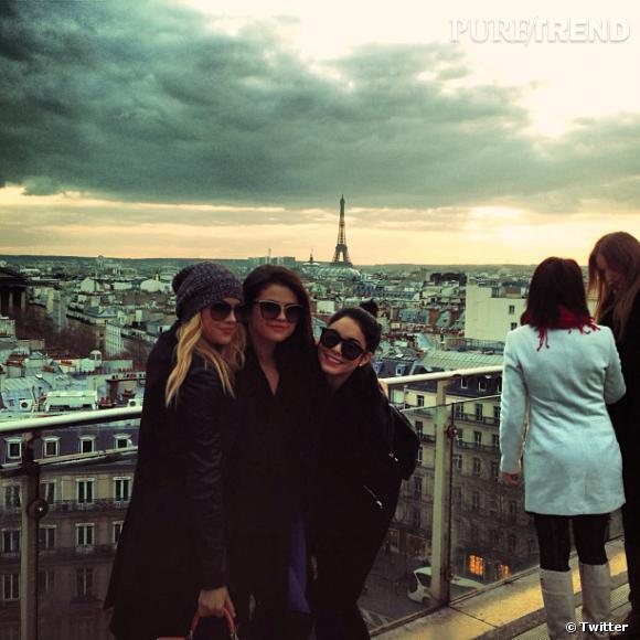 """Le casting de """"Spring Breakers"""" visite la capitale française..."""