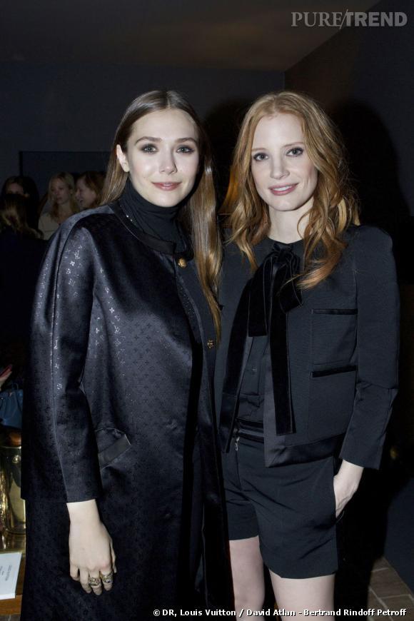 Elizabeth Olsen et Jessica Chastain chez Louis Vuitton.