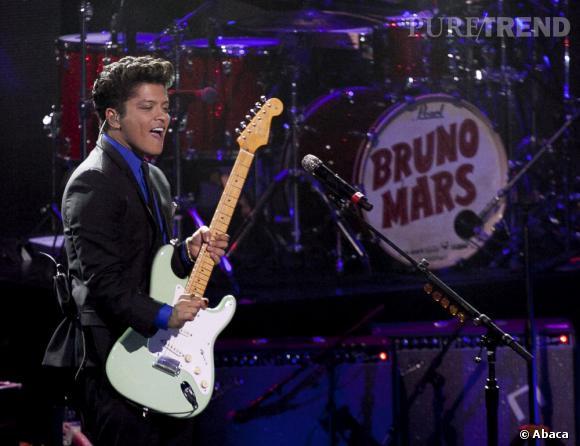 Bruno Mars, chanteur charismatique au style atypique.
