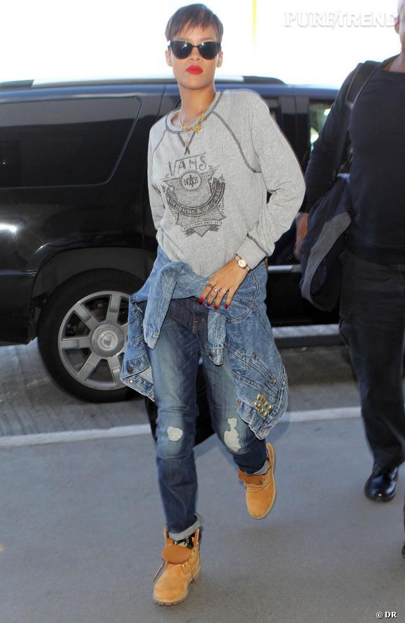 A l'image de Rihanna, les stars sont fans des jeans J Brand ! La chanteuse adopte le modèle Aidan Bigtime.