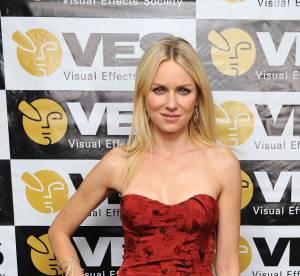 Naomi Watts, Scarlett Johansson... 10 blondes sexy en rouge