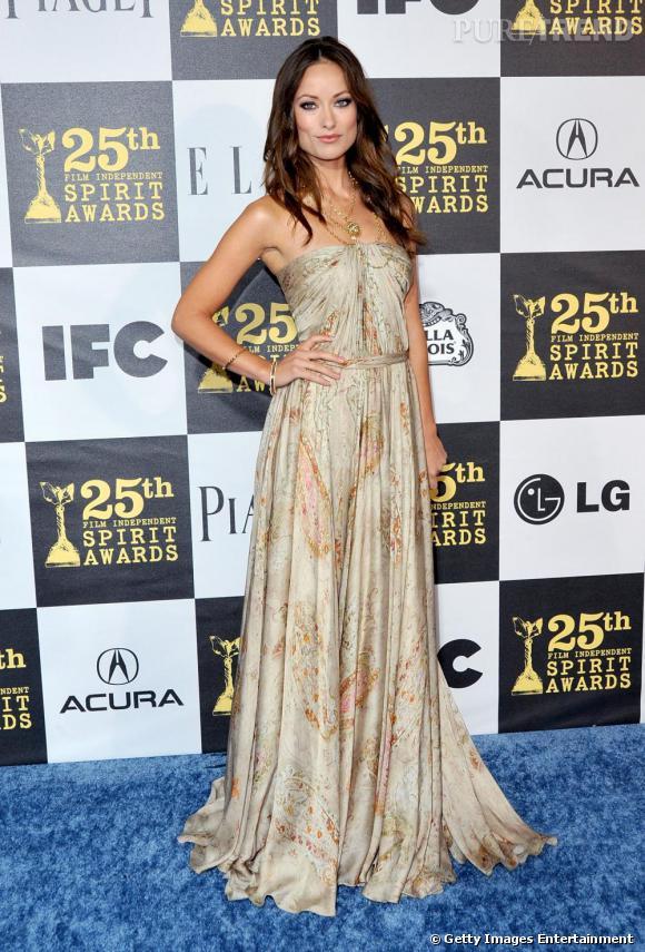 Olivia Wilde (aux Spirit Awards 2010) : la bombe se marie l'été prochain à côté de New York.