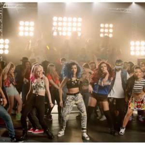 """Avec """"How Ya Doing"""" les Little Mix livrent un clip punky et girly à leur image."""