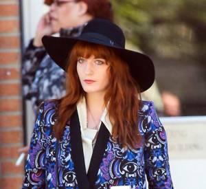 Florence Welch porte un manteau excentrique pour une balade à New York, le 1er mai 2013.