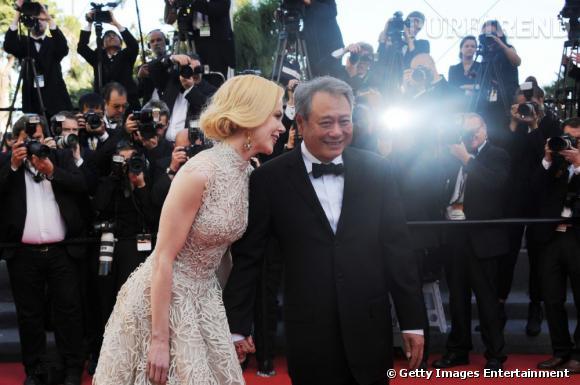 """Nicole Kidman et Ang Lee à la montée des marches du film """"Nebraska""""."""