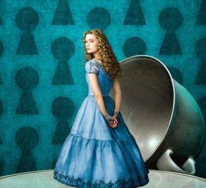 """Walt Disney confirme une suite au """"Alice In Wonderland"""" de Tim Burton. Son successeur ? James Bobin."""