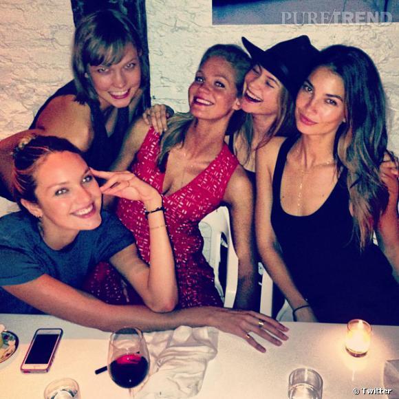 Behati Prinsloo nous prouve que les Anges de Victoria's Secret ne sont pas en compétition, mais plutôt une grande famille !