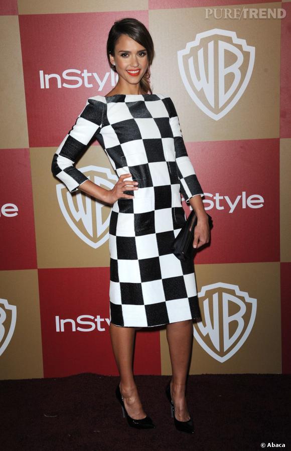 Pour adopter les carreaux version Printemps-Eté 2013 copiez le look de Jessica Alba en Louis Vuitton