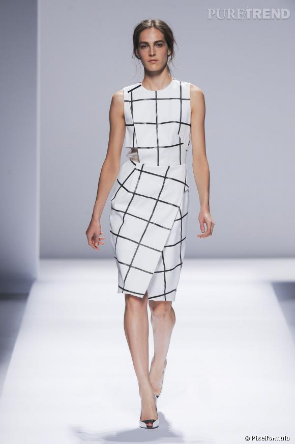 Pour adopter les carreaux version Printemps-Eté 2013 copiez le look de podium signé Sportmax