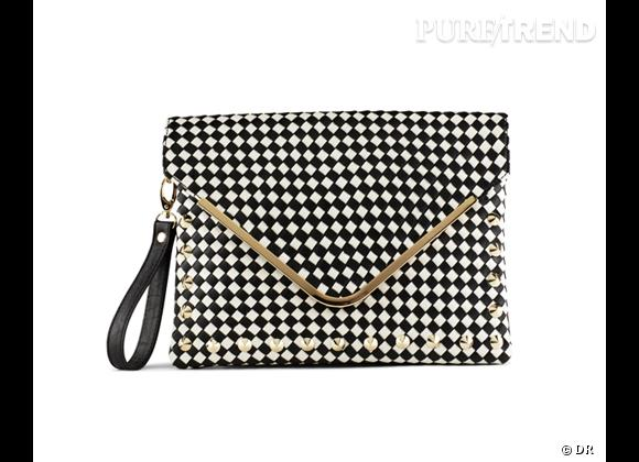 Le bon shopping pour adopter les carreaux version Printemps-Eté 2013 :      Pochette Aldo, 69 €