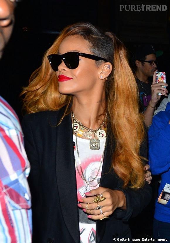 Rihanna, on ne se lasse pas de son style.