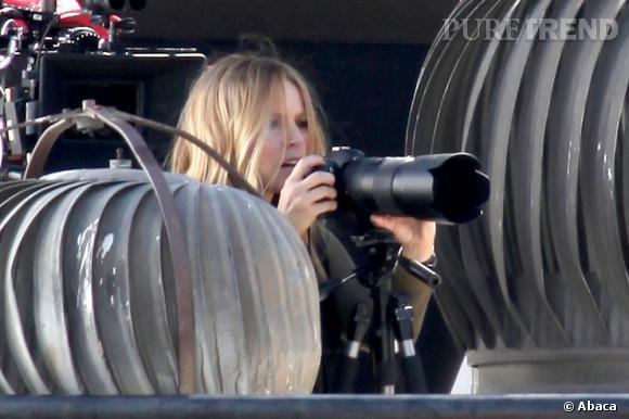 """Kristen Bell sur le tournage de """"Veronica Mars""""."""