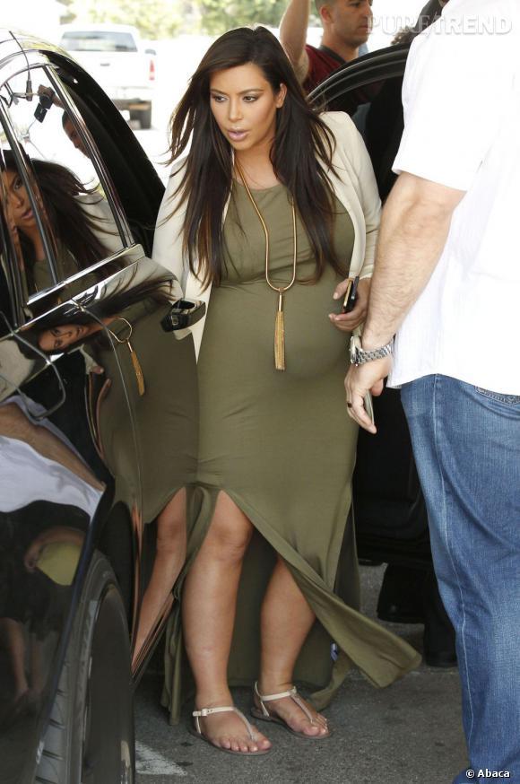 Kim Kardashian a accouché d'une petite North West et ne s'est pas exprimée depuis.