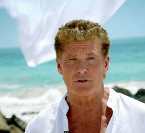 "David Hasselhoff pour ""Thirsty for Love""."