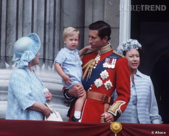 Prince William, même enfant, il était toujours très élégant. On se doute déjà qu'il en sera de même pour son bébé.