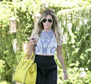 Ashley Tisdale, sexy malgre la canicule... a shopper !